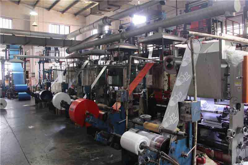 塑料袋厂家生产车间